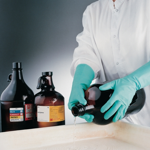 HANDLING & STORAGE OF CHEMICALS